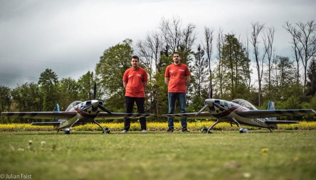 Extra Syncrobatic Team